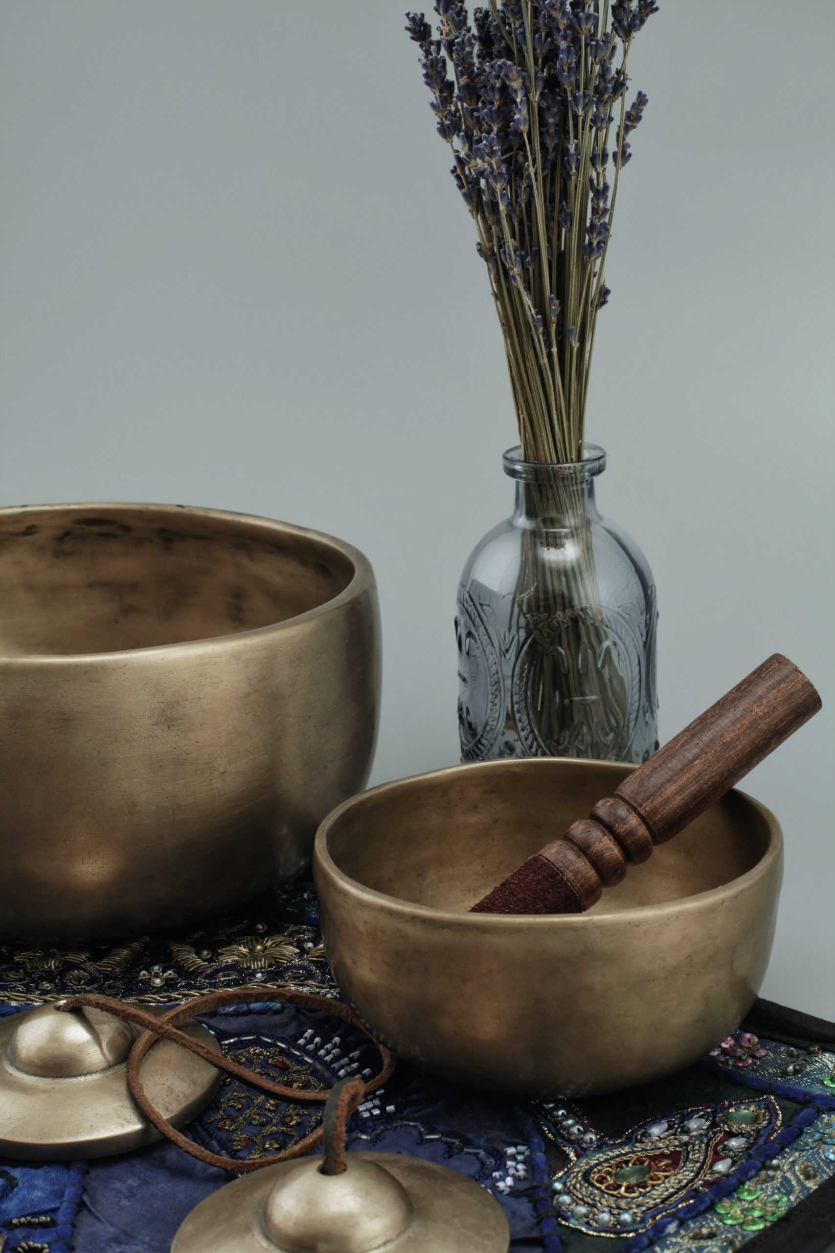 klankschaal-ceremonie-klankbad-mali-retreat-magic-bowls-b08FP4cLpFw-unsplash
